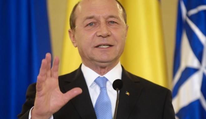 Foto: MESAJ DE ANUL NOU 2014 de la Traian Băsescu. Ce a transmis preşedintele de REVELION