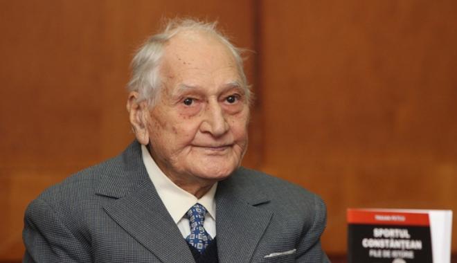 Foto: Profesorul Traian Petcu, gir favorabil pentru a deveni cetăţean de onoare al Constanţei