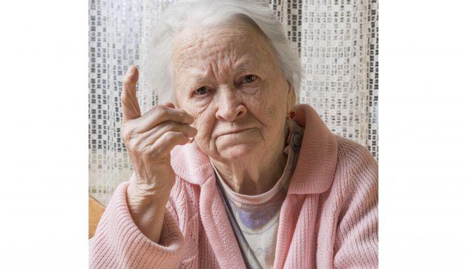 V-aţi mutat în alt judeţ? Cum vă transferați dosarul de pensie - transfer2-1614887515.jpg