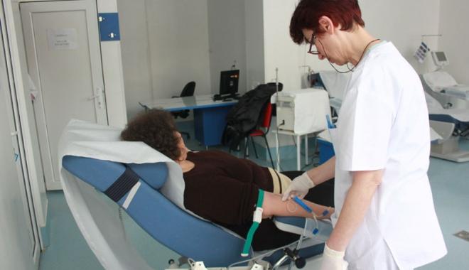 Foto: Semnal de alarmă la Constanţa. Măsuri disperate pentru a asigura sânge bolnavilor din spital