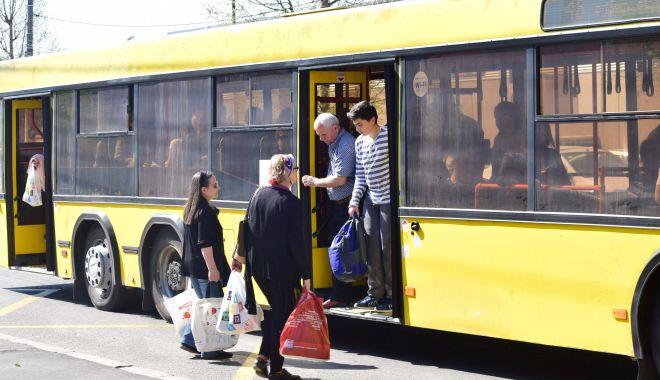Foto: Transport gratuit cu autobuzele RATC, pentru pensionari. Iată ce documente sunt necesare