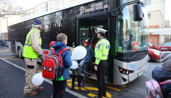 Transport gratuit pentru elevi, cu CT Bus. Cum se obțin abonamentele