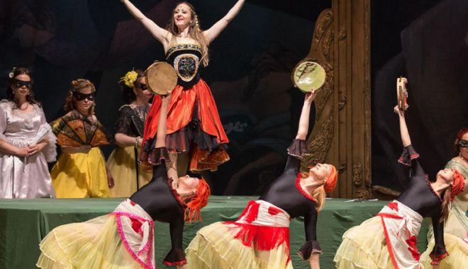 """Foto: """"Traviata"""" și """"Aida""""  închid Festivalul de Muzică  şi Dans de la Constanţa"""