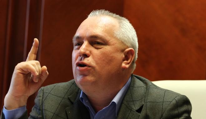 Foto: Nicuşor Constantinescu, inculpat într-un nou dosar cu licitaţii trucate