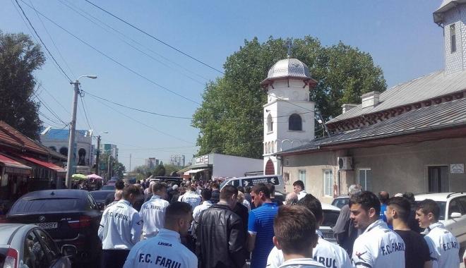 Imagini sfâşietoare! Durere fără margini la înmormântarea lui Dumitru Antonescu - trei-1461842176.jpg