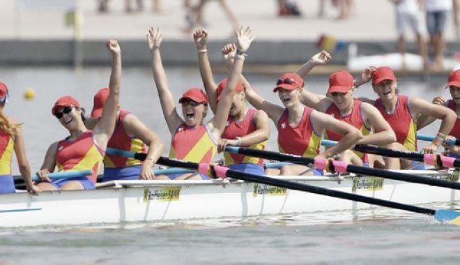 Foto: Trei echipaje româneşti, în finalele Cupei Mondiale de canotaj