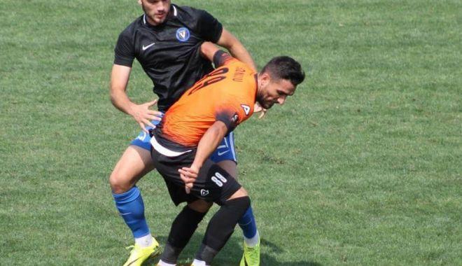Foto: Trei goluri în amicalul FC Viitorul - Dunărea Călăraşi