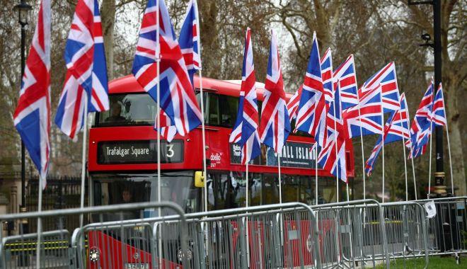 Trei partide proeuropene au încheiat un pact pentru alegerile parlamentare - trei-1573255925.jpg