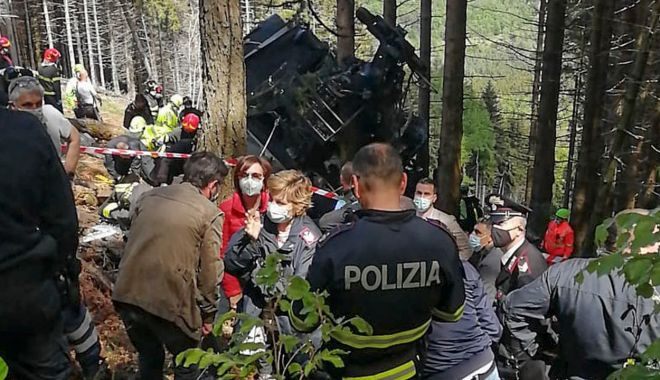 Trei persoane au fost arestate după prăbuşirea telecabinei din Italia - treipersoane-1622041641.jpg