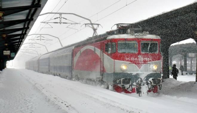 Foto: Cum se schimbă mersul trenurilor. Rute spre munte sau Viena