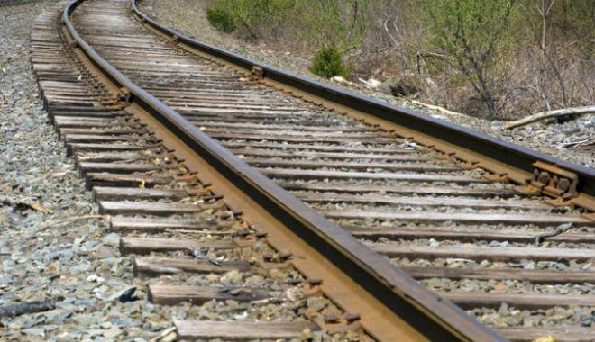 O șină deformată de ger a întrerupt circulația trenurilor - tren-1610887213.jpg