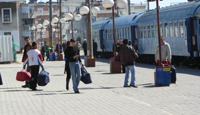 Foto: CFR suplimentează numărul de locuri în trenuri