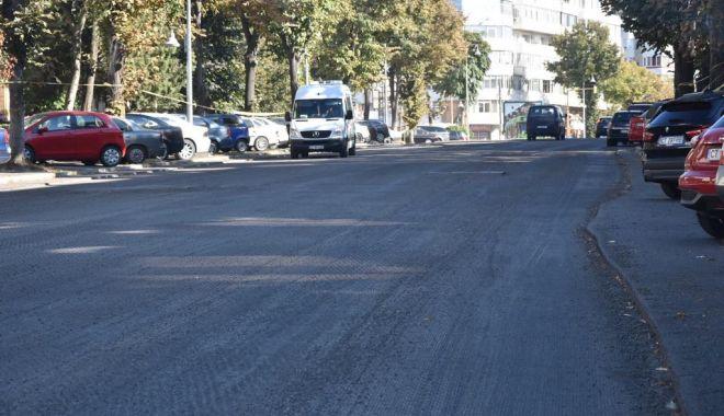GALERIE FOTO. Trotuarele de pe bulevardul Tomis, refăcute - trotuarele-1538031670.jpg