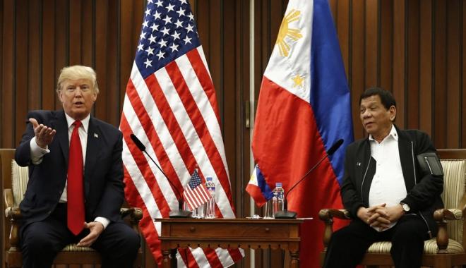 Foto: Trump părăsește Asia. Primul său turneu  în această regiune, foarte reușit