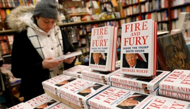 Foto: Michael Wolff susţine că dezvăluirile din cartea sa vor pune capăt preşedinţiei Trump
