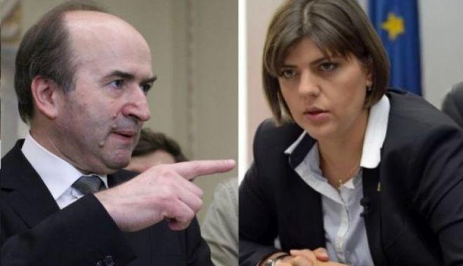 Foto: Tudorel Toader: Sunt pregătit să sesizez CCR dacă preşedintele Iohannis nu o revocă pe şefa DNA Laura Codruţa Kovesi