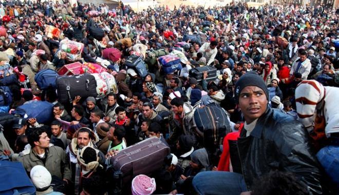 Foto: Turcia reevaluează acordul cu UE cu privire la migraţie