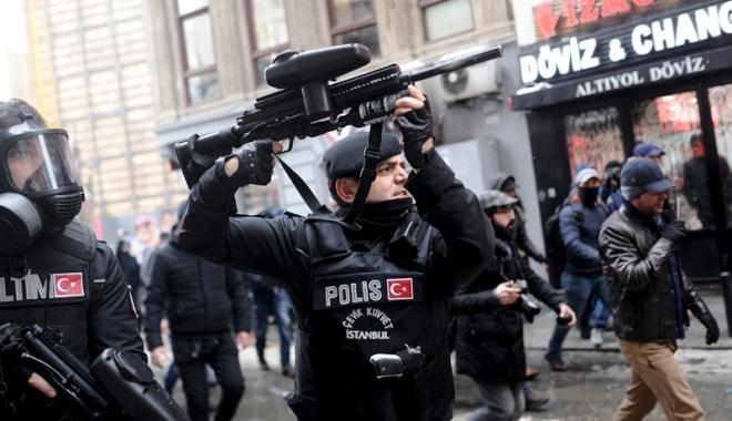 Foto: Turcia a prelungit din nou  starea de urgenţă, introdusă  după tentativa de puci din 2016