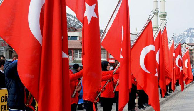 Foto: Turcia se îndepărtează tot mai mult de o eventuală aderare la UE
