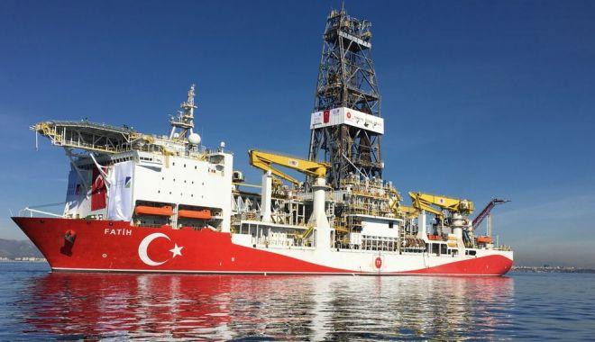 Foto: Turcia va continua forajul din apele Ciprului, în pofida criticilor internaţionale