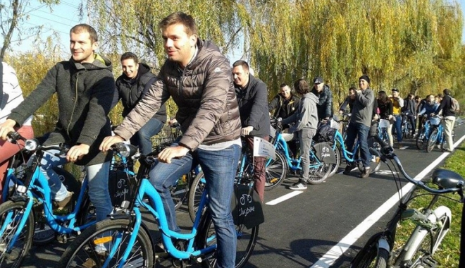Bicicliști, haideți la un tur al lacului Techirghiol! - turdebicicleta-1513353037.jpg