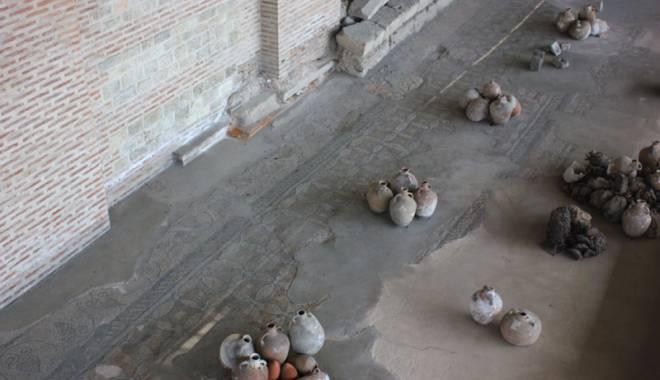 Soarta Edificiului Roman cu Mozaic, între ștampile, contre și lipsa banilor - turismcultural9-1432132675.jpg