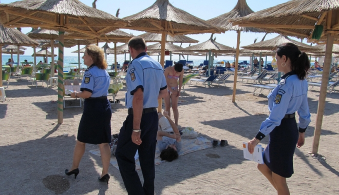 Foto: Turiştii, sfătuiţi  să petreacă vacanţa fără droguri