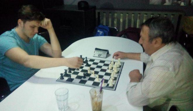 Foto: Turneu aniversar de şah. CS Sissa, 12 ani de la înfiinţare