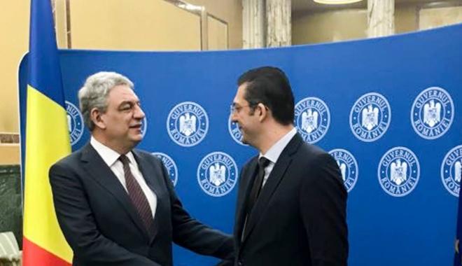Foto: Preşedintele CJC Horia Țuţuianu a semnat contractul privind investiţiile la Spitalul Judeţean