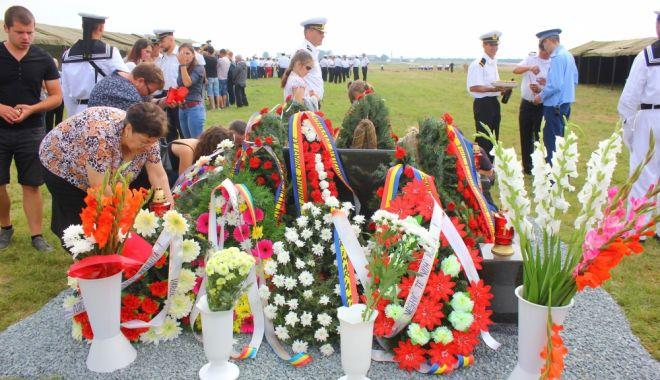 Răni greu de închis! Ancheta tragediei de la Tuzla, cu multe semne de întrebare - tuzla2-1530864406.jpg