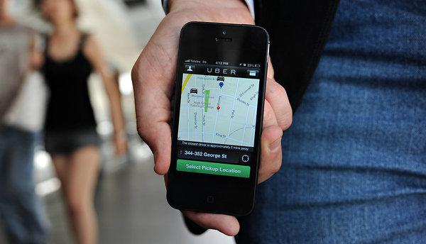 Foto: Indienii de la Tata investesc 100 de milioane de dolari în aplicația Uber