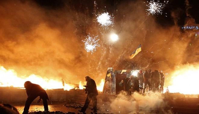 Foto: Criza din UCRAINA! Ianukovici a anunţat, oficial, alegeri anticipate