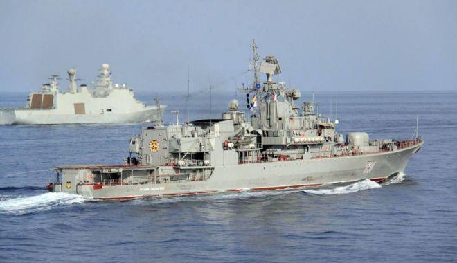 Foto: Ucraina va trimite din nou nave militare  în Marea Azov