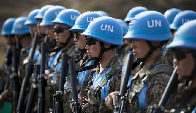 Foto: Ucraina cere din nou Naţiunilor Unite o operaţiune a Căştilor albastre