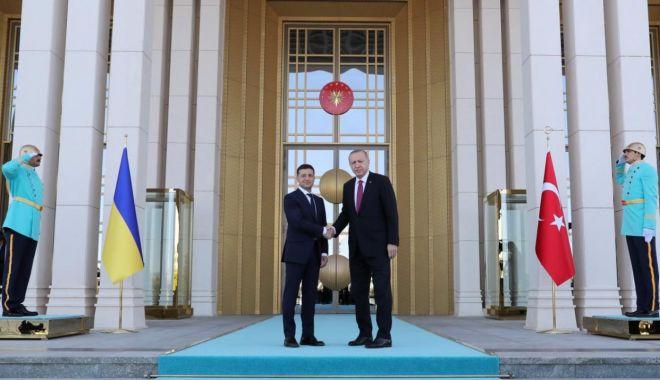 Foto: Ucraina și Turcia își extind relațiile în domeniile militar și comercial