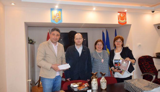 Foto: Director al unei școli din Istanbul, în vizită la UDTR