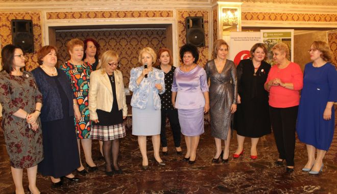 """Foto: """"Implicarea femeii turce în societate"""", simpozion organizat de UDTR"""