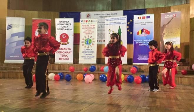 Foto: UDTR a sărbătorit Ziua copilului turc