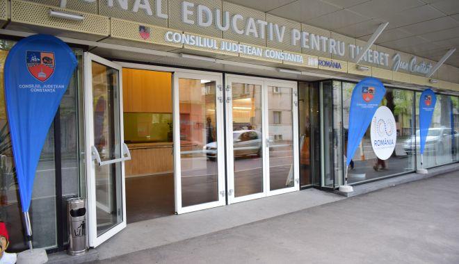 """Foto: UDTTMR sărbătorește Ziua Limbii Tătare la Centrul pentru Tineret """"Jean Constantin"""""""
