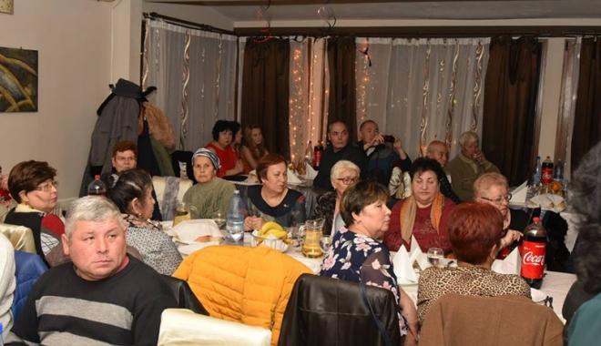 Peste 3.500 de membri ai UDTTMR au sărbătorit Ziua Etniei Tătare - udttmrtechirghiol-1513617240.jpg