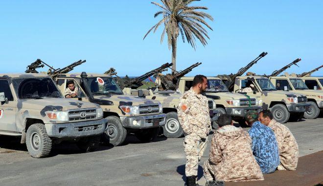 Foto: UE condamnă ofensiva forţelor mareşalului Haftar asupra capitalei Tripoli