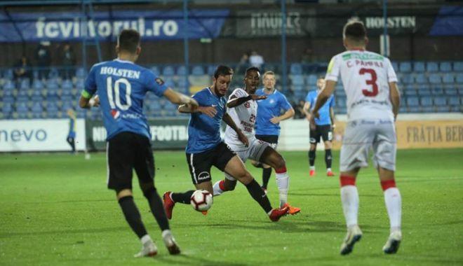 Foto: Ultimele două campioane la fotbal  ale României se duelează la Ovidiu
