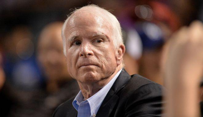 Foto: Ultimul mesaj al lui John McCain  pentru Donald Trump