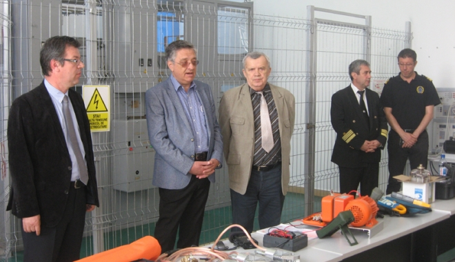 Foto: UMC vine în sprijinul ofiţerilor maritimi mecanici şi electricieni