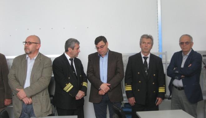 UMC vine în sprijinul ofiţerilor maritimi mecanici şi electricieni - umcvineinsprijinul3-1495031206.jpg