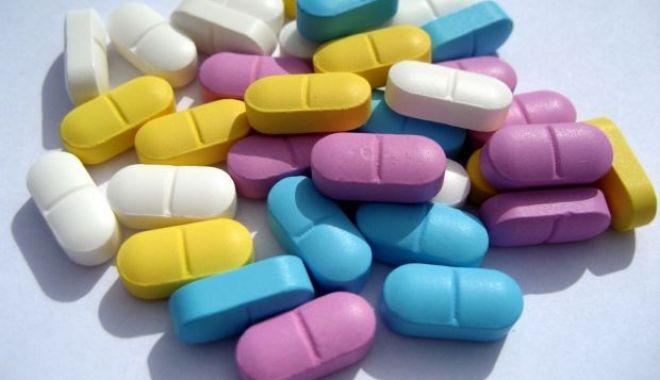 Foto: ATENŢIE! Nu cumpărați medicamente de pe internet!