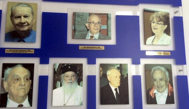 Foto: Doctor Honoris Causa, propus de Facultatea de teologie
