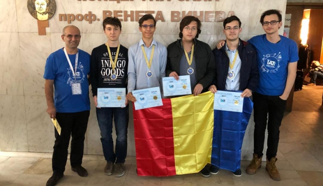Foto: Un elev constănţean, medaliat  cu bronz la Turneul Internaţional de Informatică Shumen