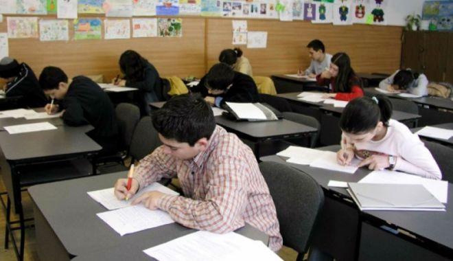 Foto: NE MÂNDRIM CU EI! Elevii constănțeni s-au calificat la olimpiadele naționale