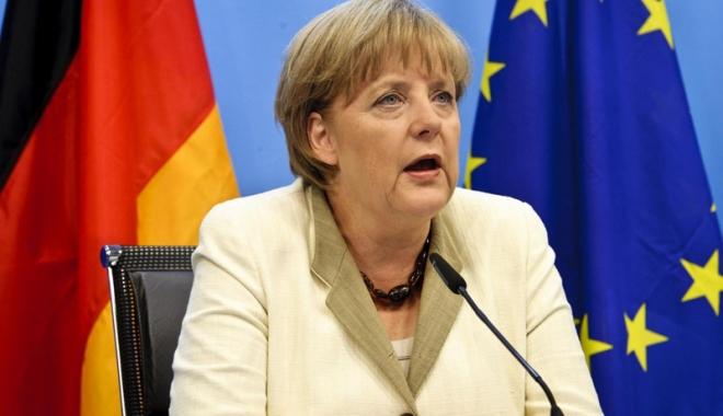Foto: Un expert în problema refugiaţilor,  noul consilier de politică externă al Angelei Merkel